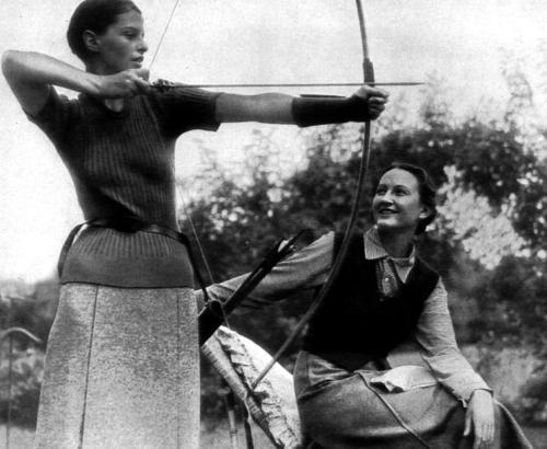 Damenmode 1933